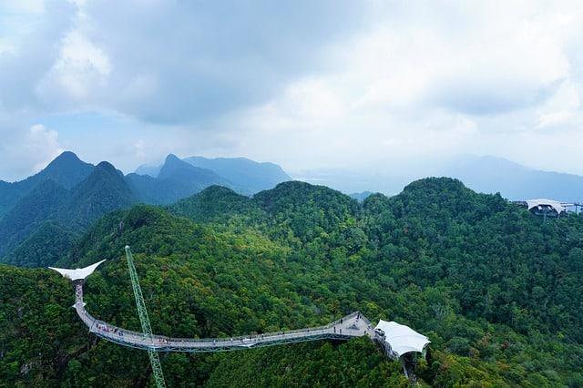 Honeymoon in Malaysia-Langkawi sky bridge