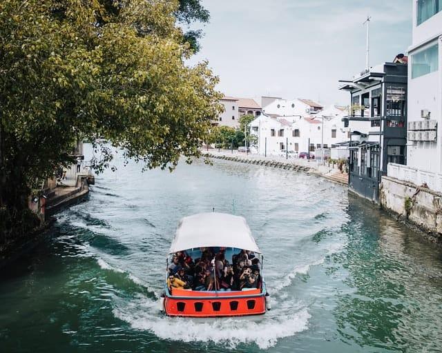 Honeymoon in Malaysia-Melaka river cruise